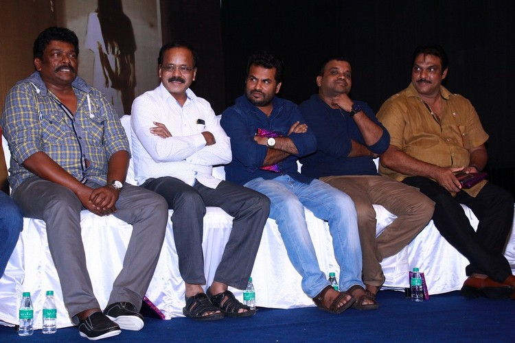 6-athiyayam-audio-launch-stills-020