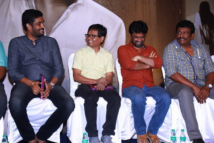 6-athiyayam-audio-launch-stills-021
