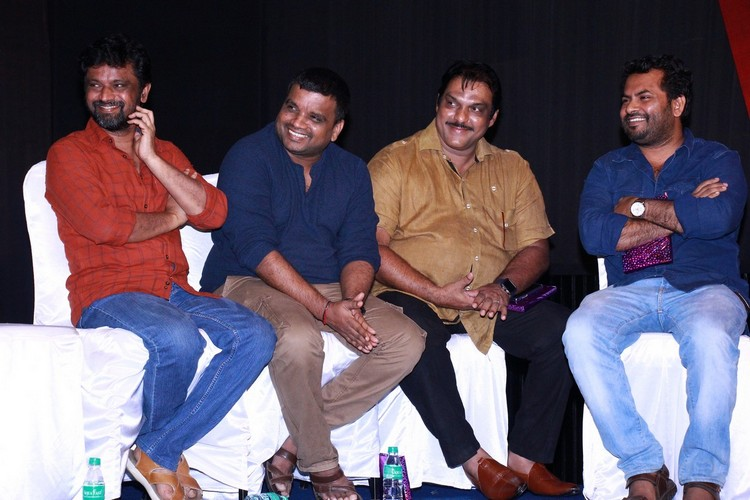 6-athiyayam-audio-launch-stills-022