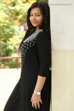 telugu-actress-abhinaya-stills-030