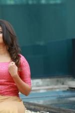 actress-priyanka-nair-stills-008