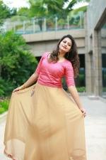 actress-priyanka-nair-stills-010