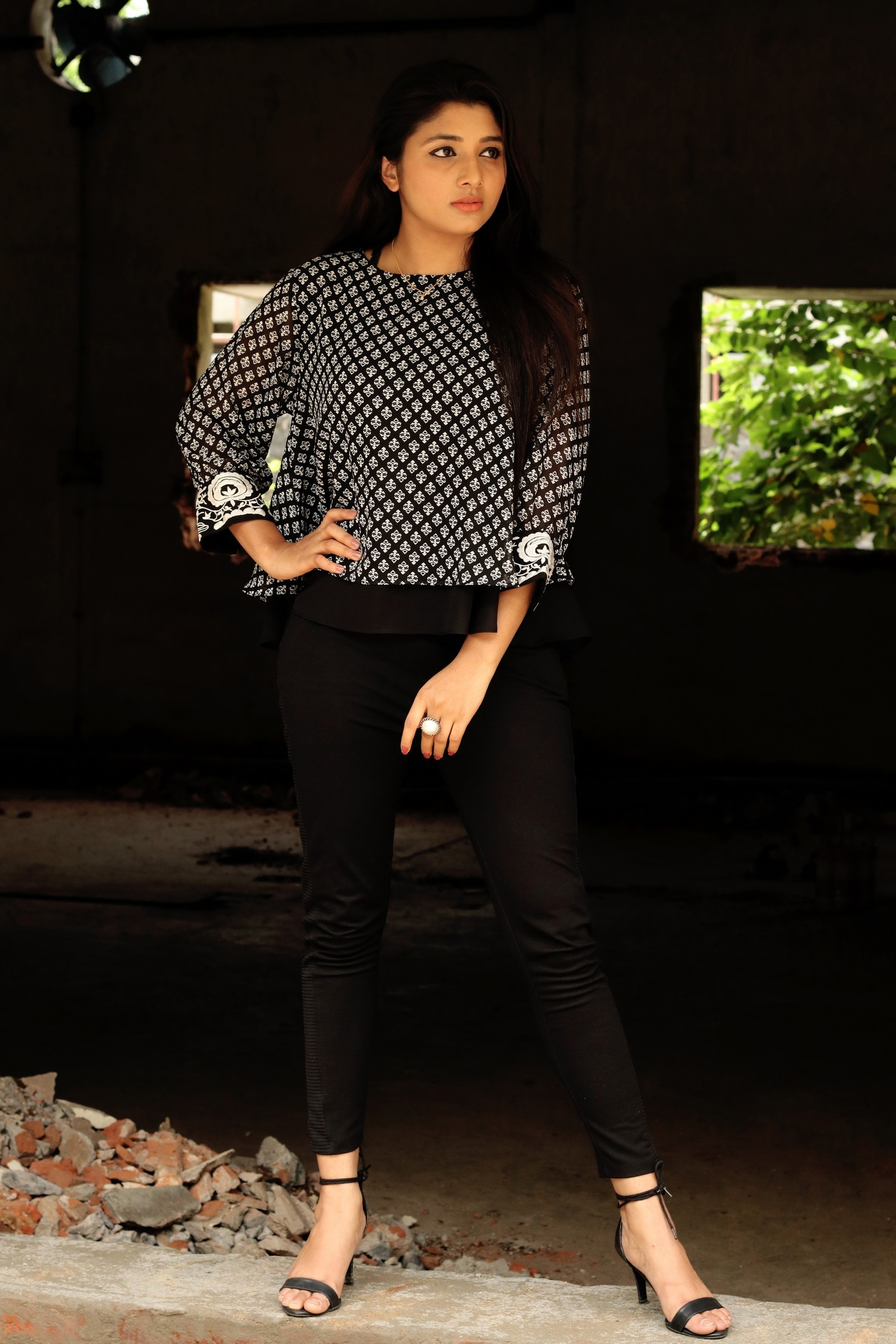 adhiti-actress-stills-002