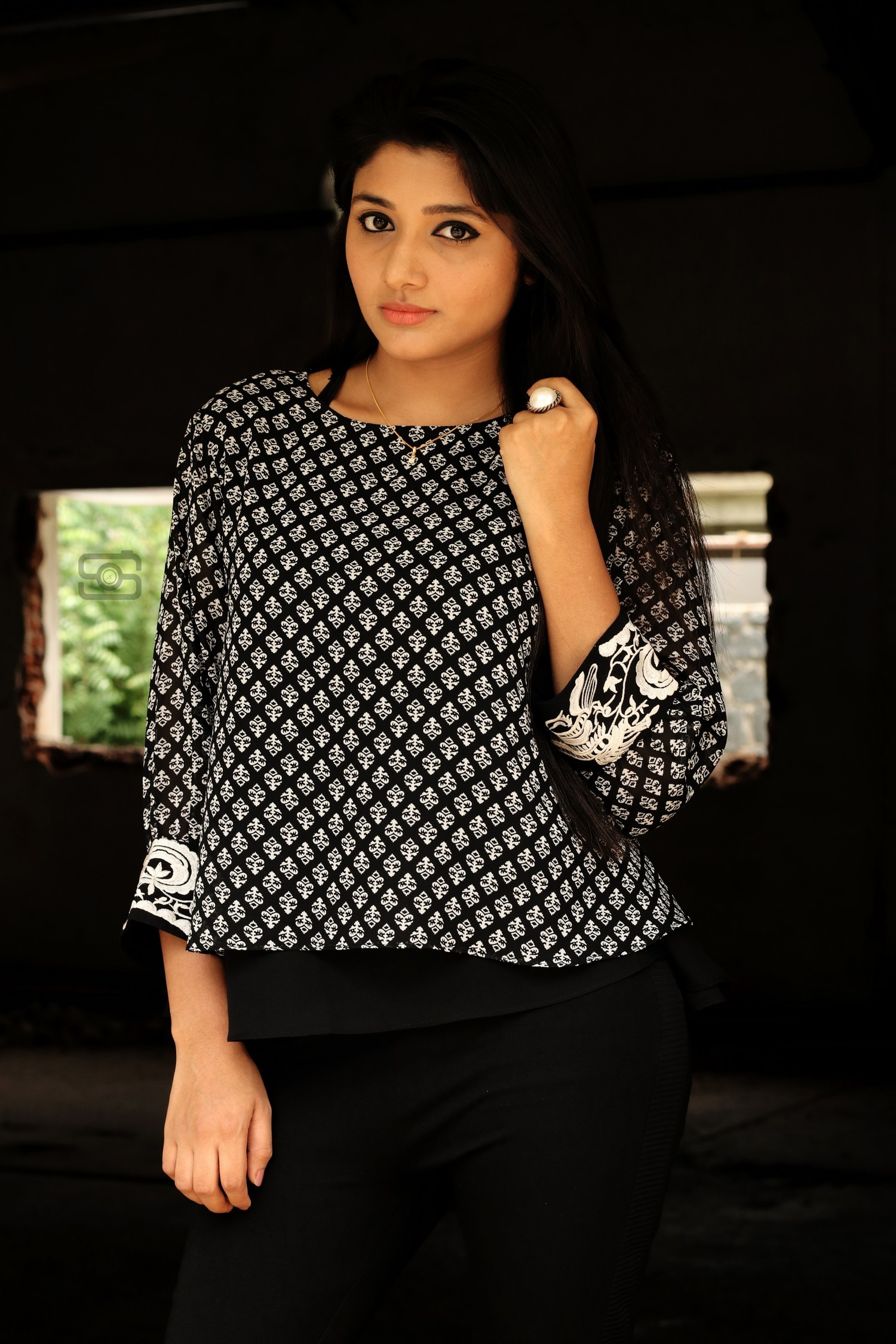 adhiti-actress-stills-006