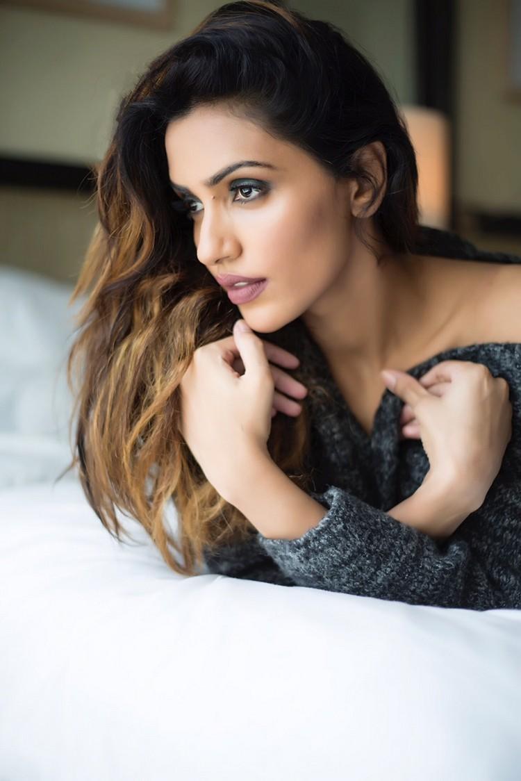 actress-akshara-gowda-stills-028