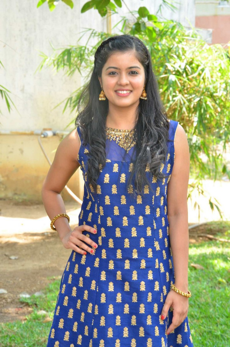 actress-amriththa-stills-010
