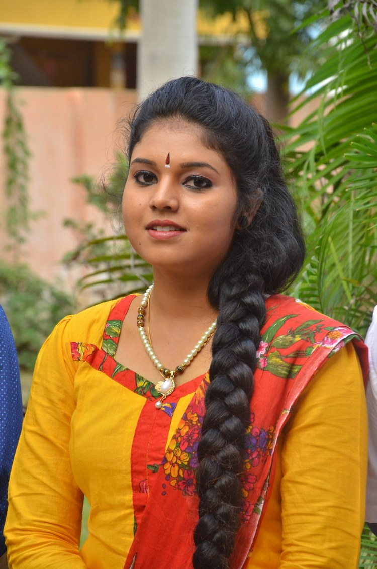 actress-anu-krishna-stills-001