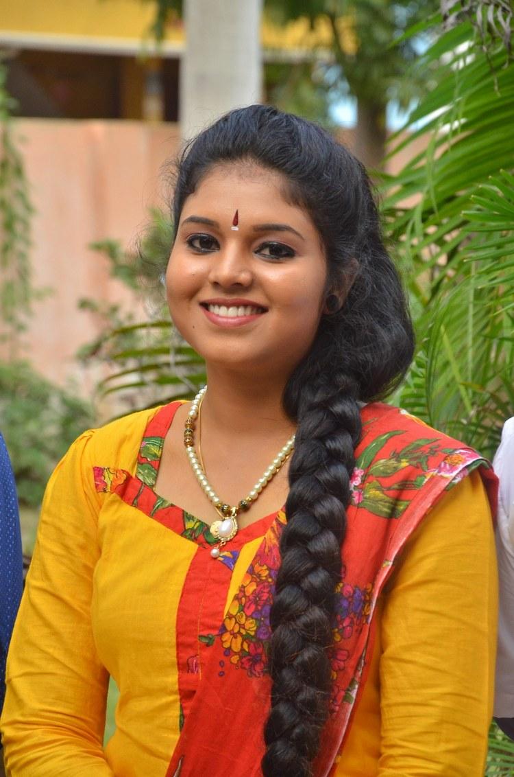 actress-anu-krishna-stills-003