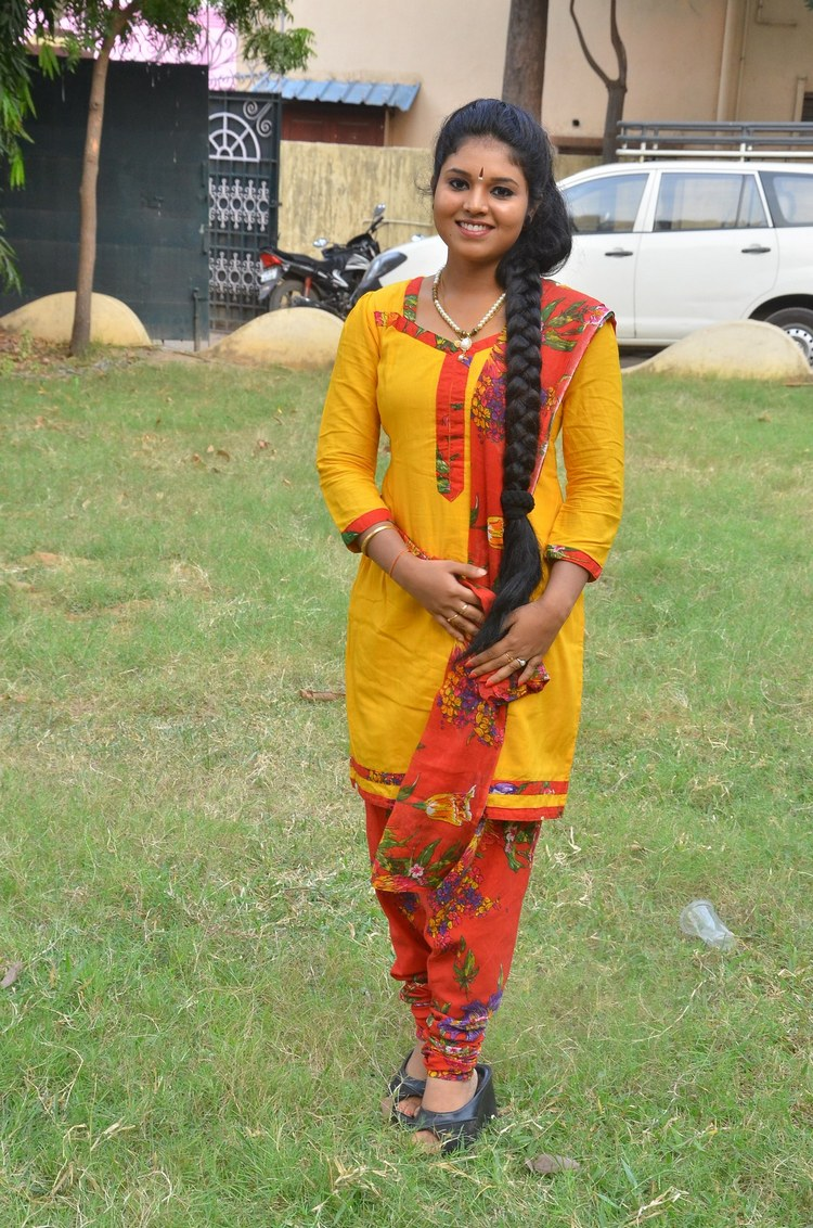 actress-anu-krishna-stills-005