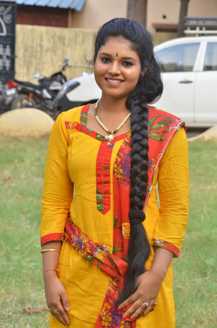 actress-anu-krishna-stills-007