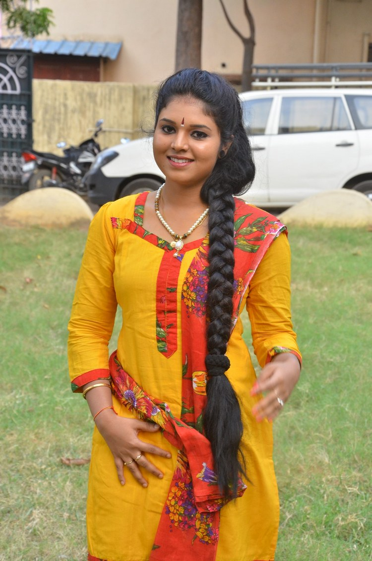 actress-anu-krishna-stills-011