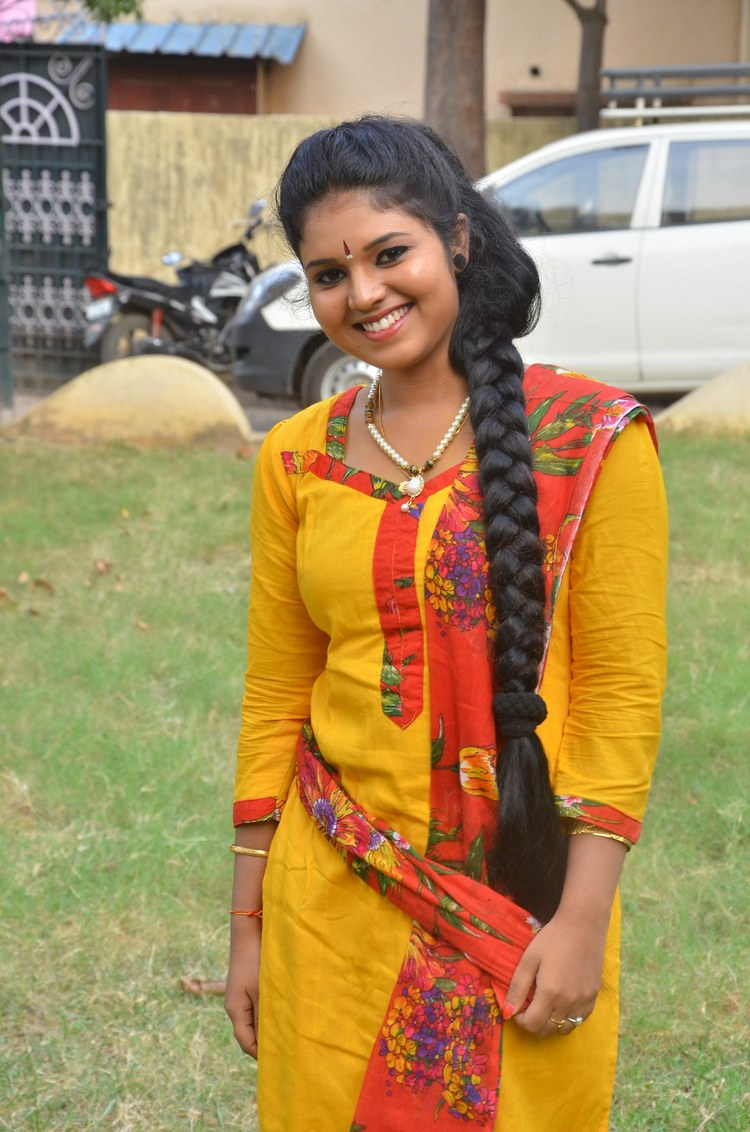 actress-anu-krishna-stills-017