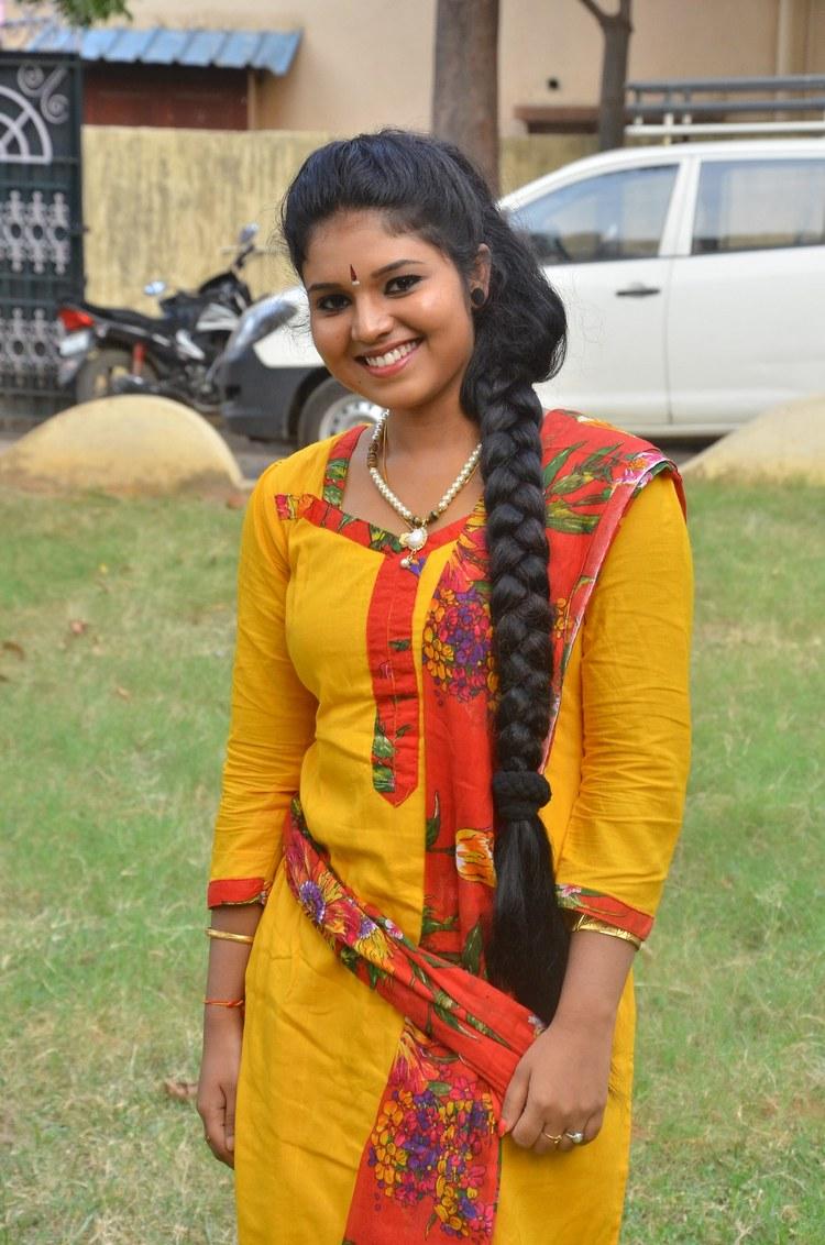 actress-anu-krishna-stills-018