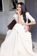 catherine-tresa-actress-ps-stills-073