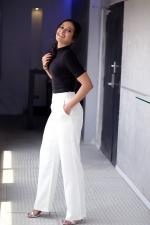 catherine-tresa-actress-ps-stills-087