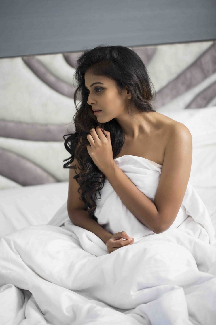 actress-chandhini-stills-003