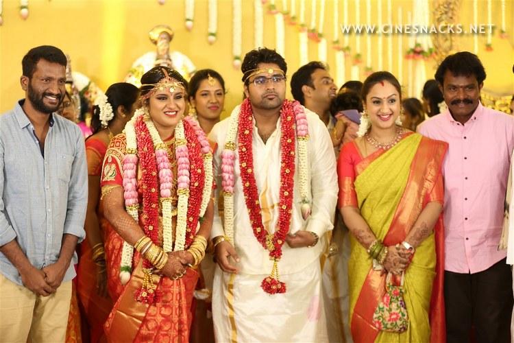 ks-ravikumar-daughter-marriage-stills-005