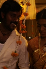enkitta-mothathe-movie-stills-008