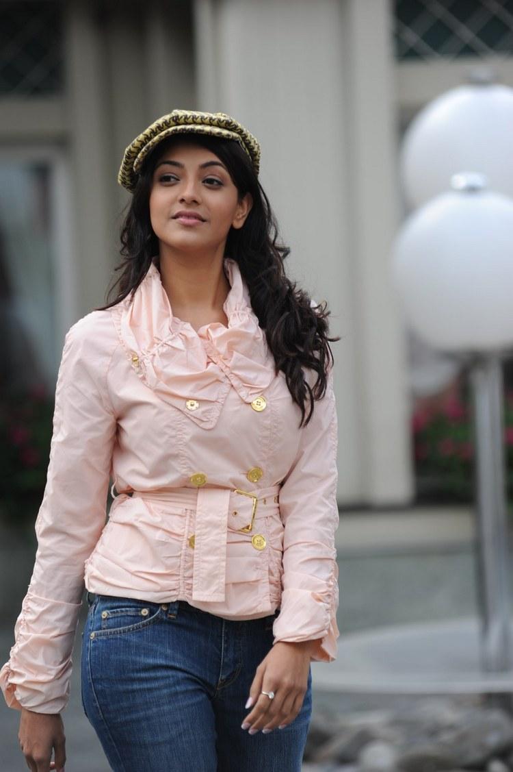 actress-kajal-agarwal-stills-005