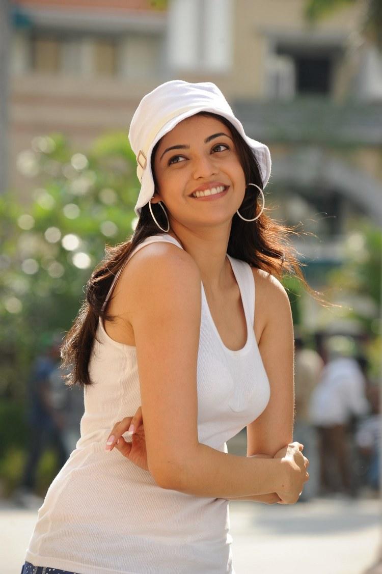 actress-kajal-agarwal-stills-021