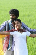 kalavu-thozhirchalai-movie-stills-003