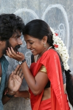 kalavu-thozhirchalai-movie-stills-004