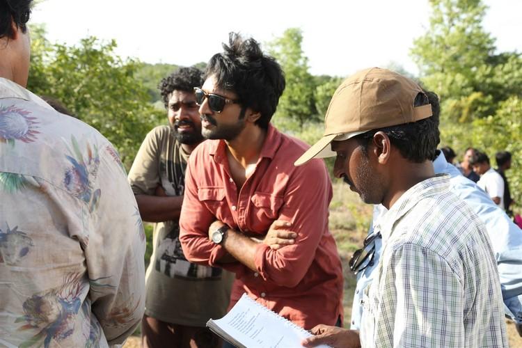 maragatha-naanayam-movie-stills-001