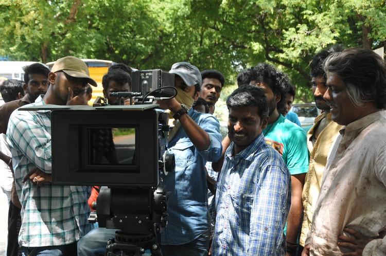 maragatha-naanayam-movie-stills-012