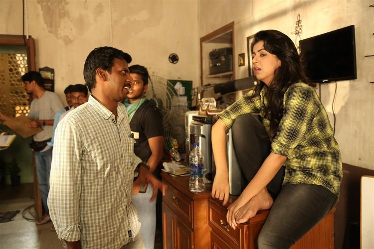 maragatha-naanayam-movie-stills-017