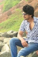 Munnodi-Harish-01