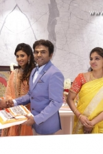 new-saravana-stores-launch-stills-054