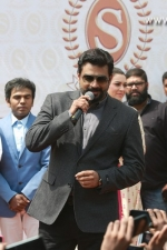 new-saravana-stores-launch-stills-068