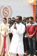 new-saravana-stores-launch-stills-070