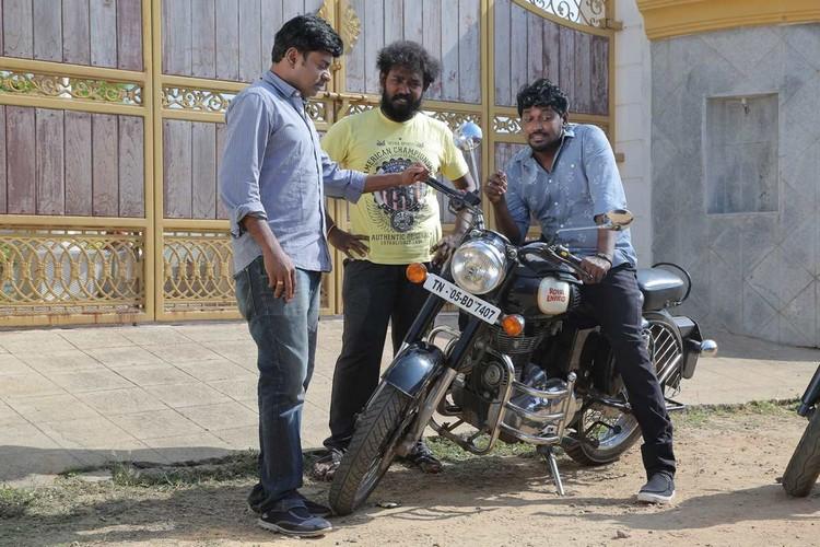 onaaigal-jaakiradhai-movie-stills-013