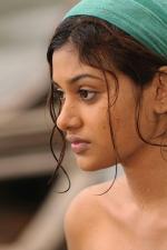 oviya-police-raajyam-movie-working-stills-009