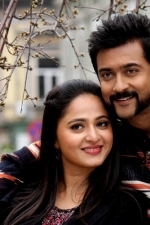 surya-shruthi-anushka-singam-3-movie-stills-006