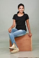 sowmya-actress-stills-002
