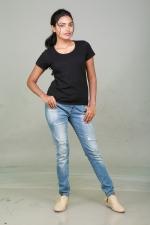 sowmya-actress-stills-003