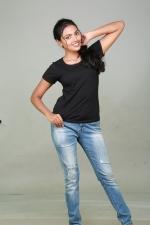 sowmya-actress-stills-004