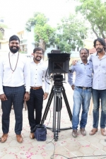 thadam-movie-pooja-stills-040