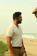 thupparivaalan-movie-stills-085