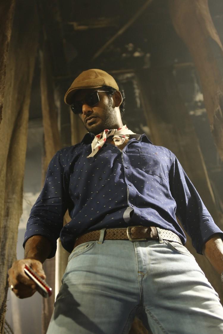 thupparivaalan-movie-stills-016