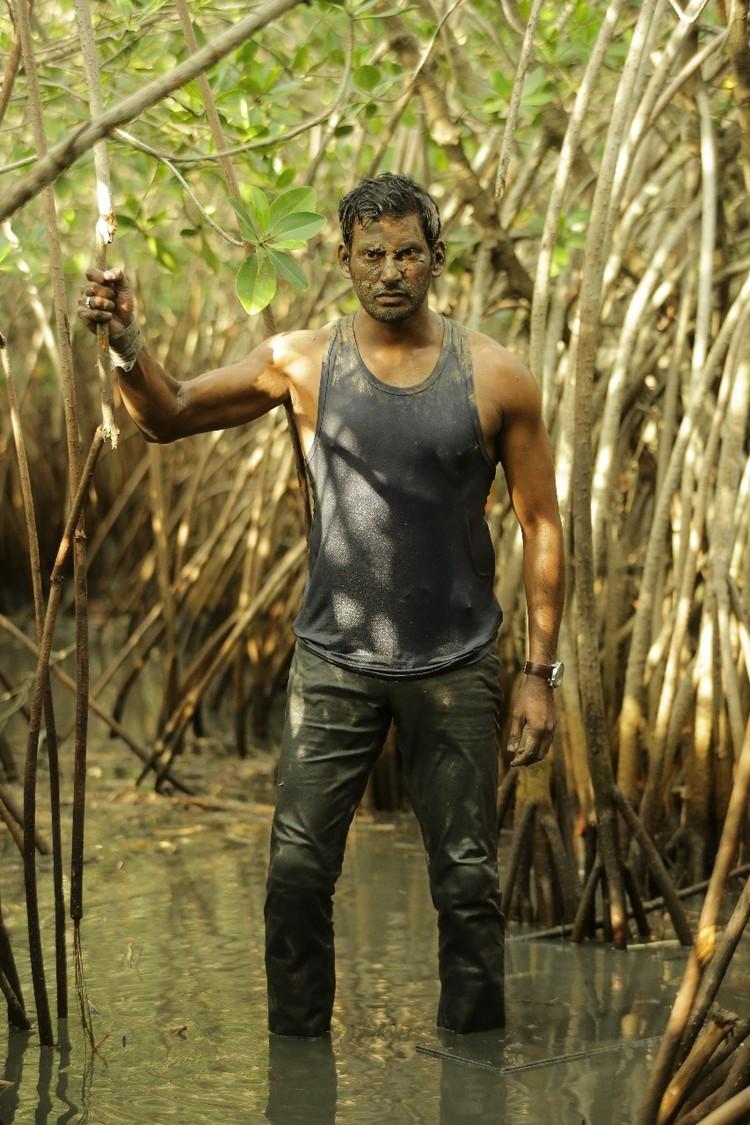 thupparivaalan-movie-stills-024