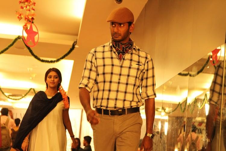 thupparivaalan-movie-stills-026