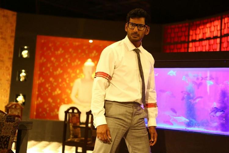 thupparivaalan-movie-stills-039