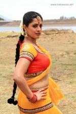actress-varalakshmi-stills-002