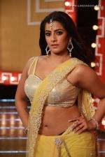 actress-varalakshmi-stills-008