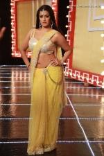 actress-varalakshmi-stills-009