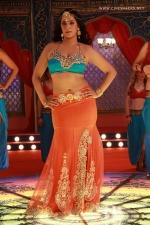 actress-varalakshmi-stills-013