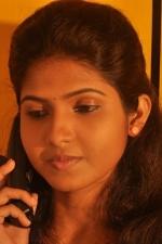 actress-venba-stills-003